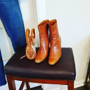 MICHAEL Michael Kors Shoes - Camel Peruvian Leather Boots size 37